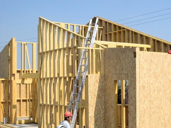 Case di legno prefabbricate romania case di legno grezzo for Migliori costruttori case in legno
